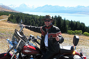 Hermann Reuther - Around the world on a Harley